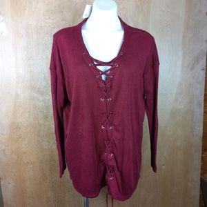 NWT LACED UP TOP.mittoshop